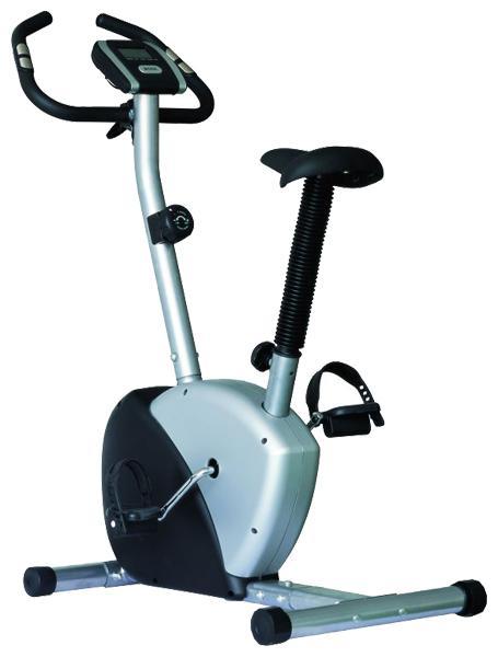 Езда на велосипеде - мощное оружие против инфаркта и целлюлита.