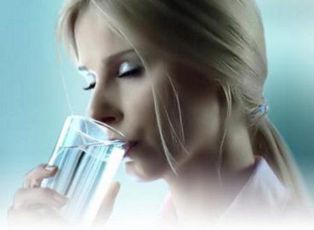 Как прием жидкости влияет на кожу?