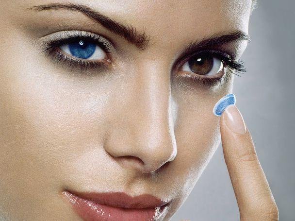 Как выбирать цветные линзы для глаз?