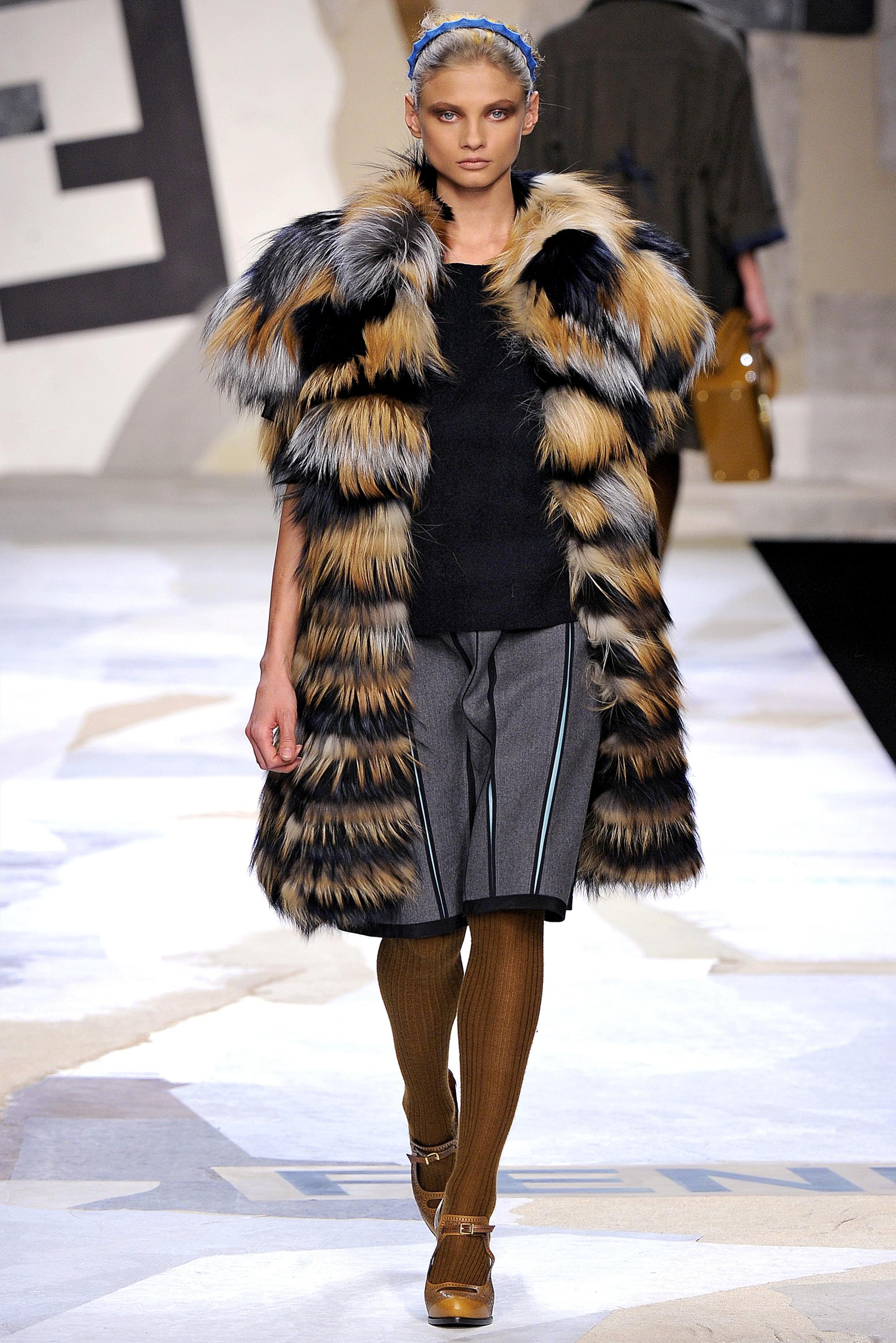 Модные безрукавки зимнего сезона 2014 года