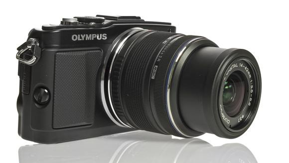 Olympus E-PLS – дорогой сердцу, но не дорогой кошельку