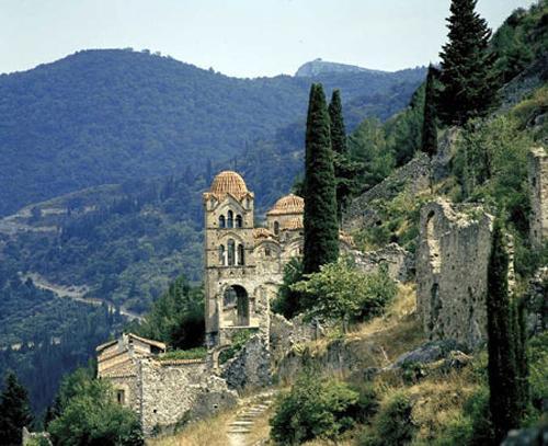 Отдых на Пелопоннесе: знакомство с колыбелью античного мира