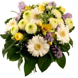 Почему люди предпочитают заказывать цветы по Интернету