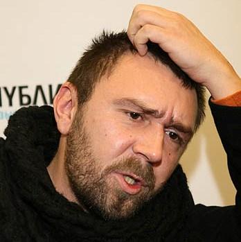 Сергей Шнуров – могильщик русского рока