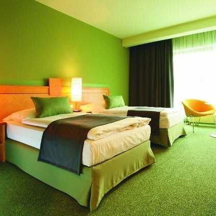 Зачем бронировать место в гостинице?